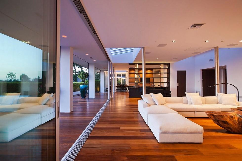 Reconfigured 1950 S House In Beverly Hills Interior Design Giants