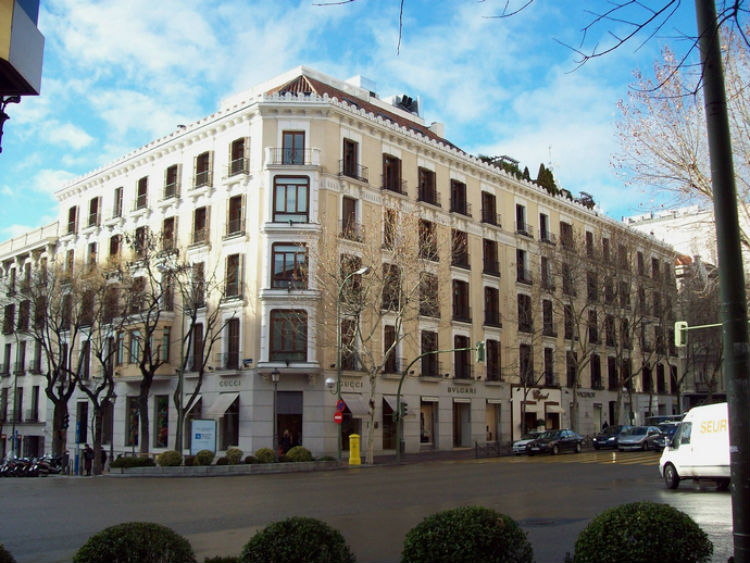 Top luxury shopping streets in the world interior design - Calle serrano 55 madrid ...