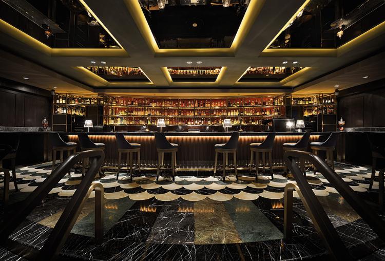 Manhattan Bar Regent Singapore