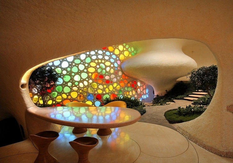 10 unbelievable architecture ideas you must see - light sculpture in a modernist earth-sheltered home's interior