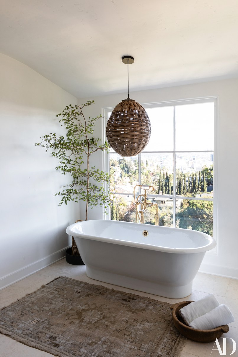 Discover Here The Best Celebrity Bathrooms of 2018
