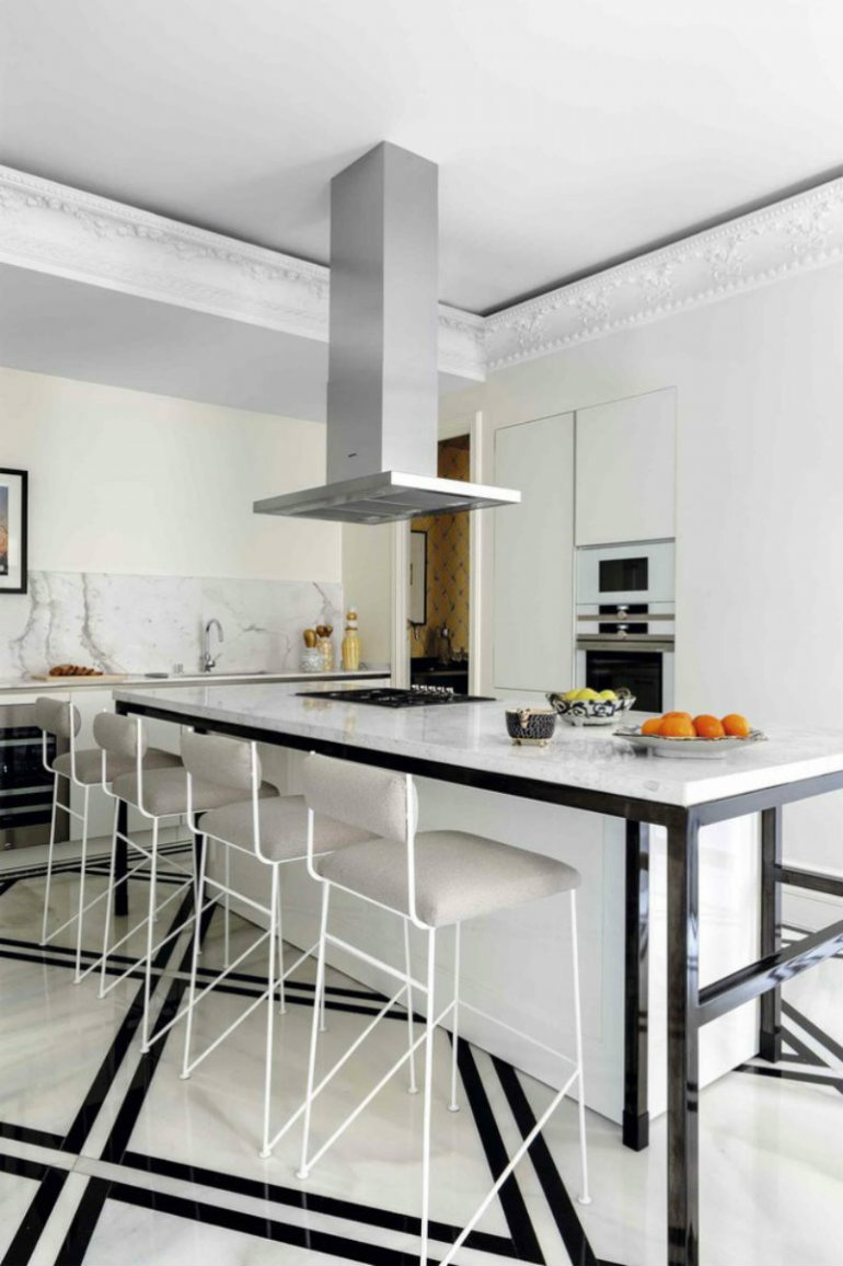 Inside Interior Designer Ricardo de la Torre's apartment