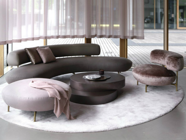 amazing ideas to bring curved furniture to your living room 4
