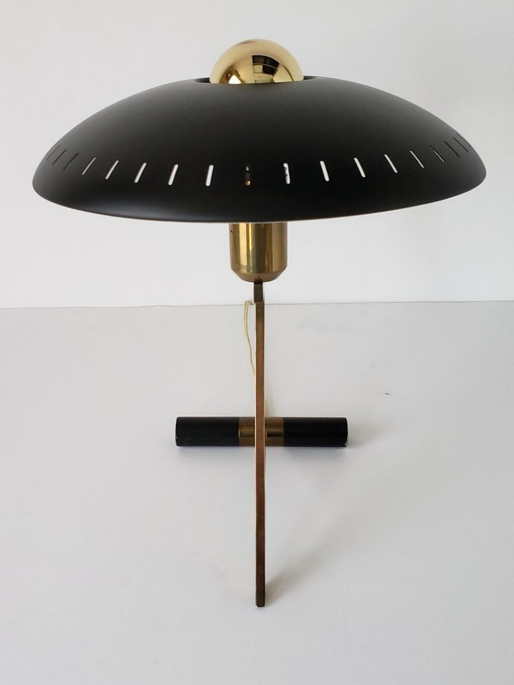 Table Lamp Designs to Buy at 1stdibs Online Store